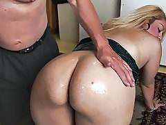 Big ass chubby blonde gets oiled and fucked good on the floor