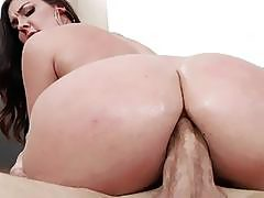 Big assed Brittany Shae got butt fucked